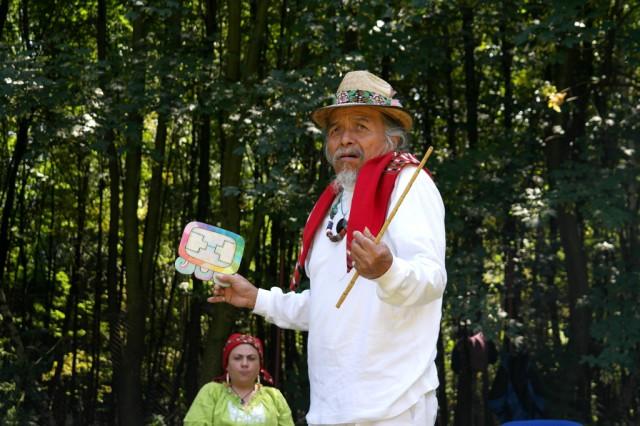 Tata Pedro Cruz vypráví o posvátném počítání času